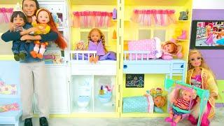 Happy Family Barbie Doll House - Mom,Dad, Baby dolls Puppenhaus Mamãe Rumah boneka Ibu باربي البيت