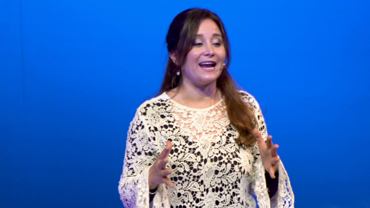La Orquesta como escuela de vida | Valeria Atela | TEDxRiodelaPlata