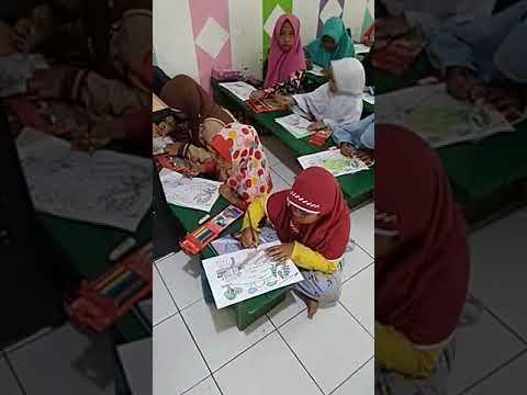 Prosesi Belajar Mewarnai Anak Anak Tk Tpa Al Ikhlash Pabuaran Rt02
