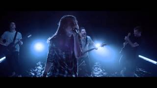 Смотреть клип Mayday Parade Feat. Dan Lambton - One Of Them Will Destroy The Other