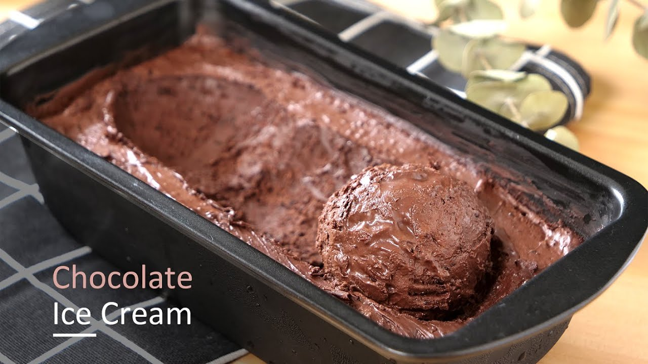 Easy Homemade Chocolate Ice Cream Recipe - 自制巧克力冰淇淋的做法
