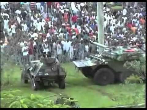 L'armée Française ouvre les massacres en Côte d'Ivoire...partie 1.mp4