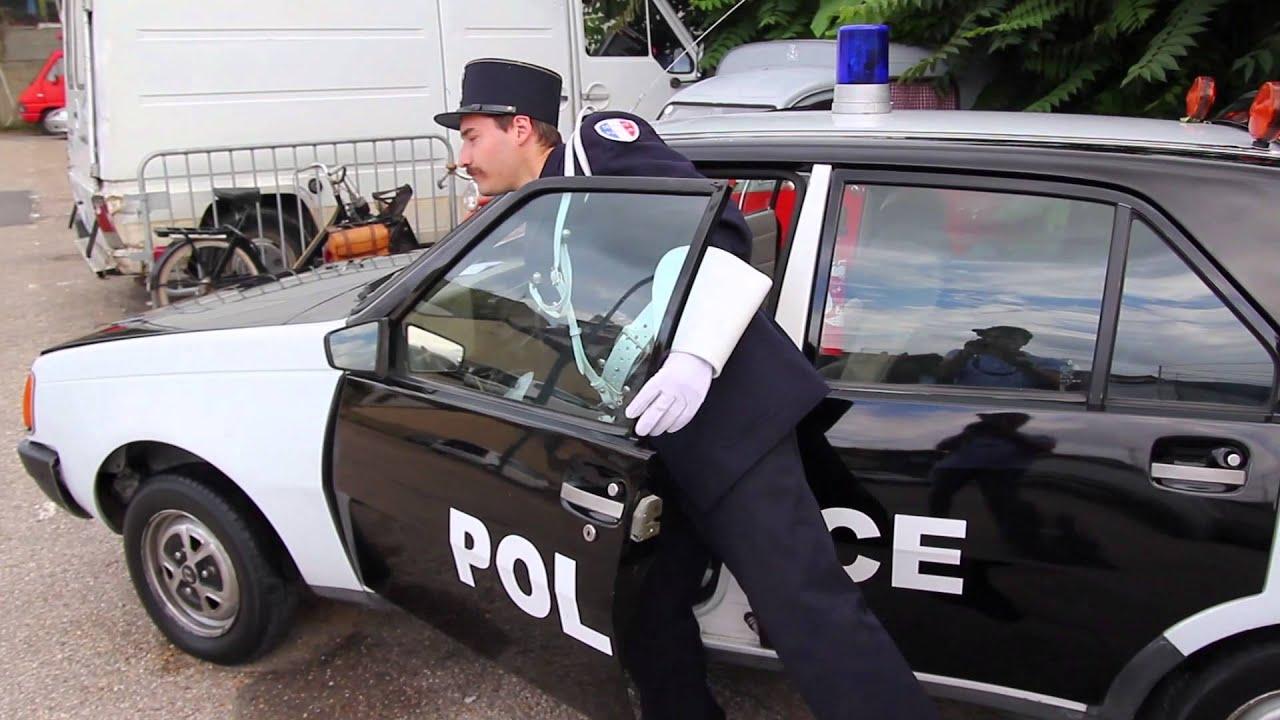 fran ois vallin fran ois vallin de vincennes en anciennes voiture de police youtube. Black Bedroom Furniture Sets. Home Design Ideas