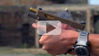 Video How To Properly Grip A Semi-Auto Pistol - Handgun 101 with Top Shot Chris Cheng download MP3, 3GP, MP4, WEBM, AVI, FLV Juli 2018
