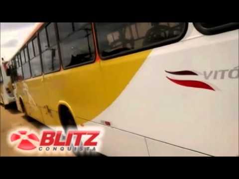 Popular registra ônibus da Vitória apreendidos pela Justiça