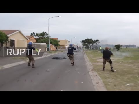South Africa: Police open fire as land protest turns violent