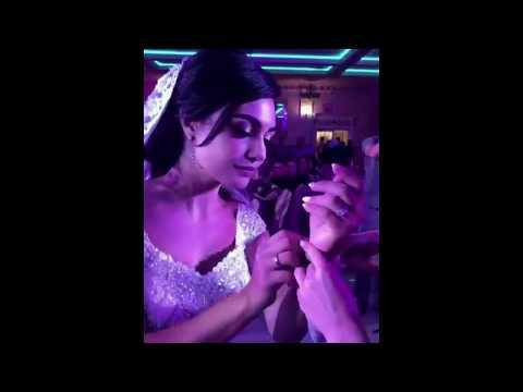 Невесте дарят украшения / Шикарная армянская свадьба в Ереване 2018