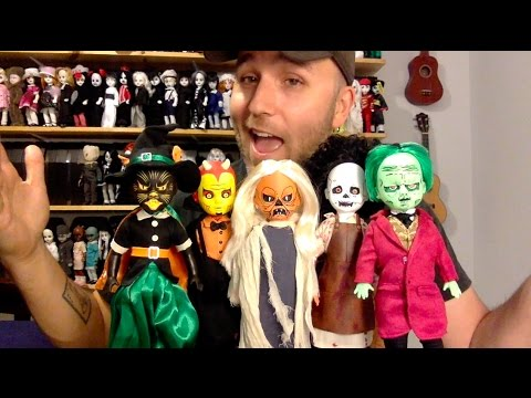 Living Dead Dolls Series 32 Review