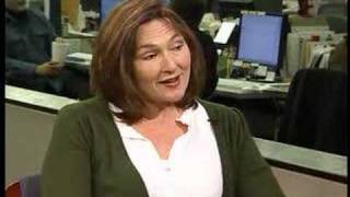 Former SNL star Nora Dunn talks to Chicago Tribune