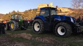 FENDT,  JOHNDEERE,  NEWHOLLAND, MASSEYFERGUSON GARA di TIRO- 2^ benedizione dei trattori-Assisi