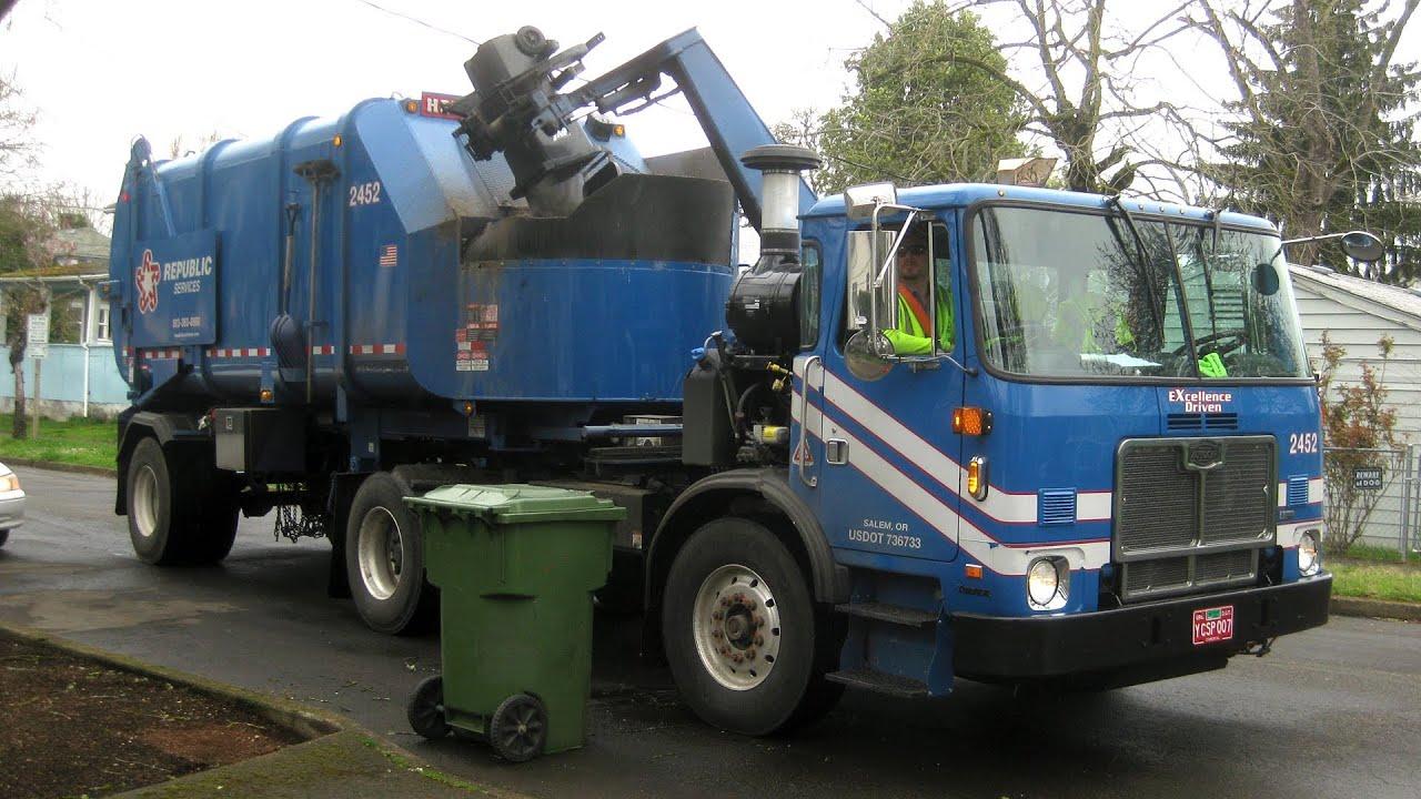 Calendar Republic Services : Republic services garbage trucks youtube
