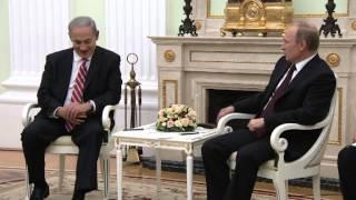 ראש הממשלה בנימין נתניהו בפתח פגישתו עם נשיא רוסיה ולדימיר פוטין בקרמלין, מוסקבה