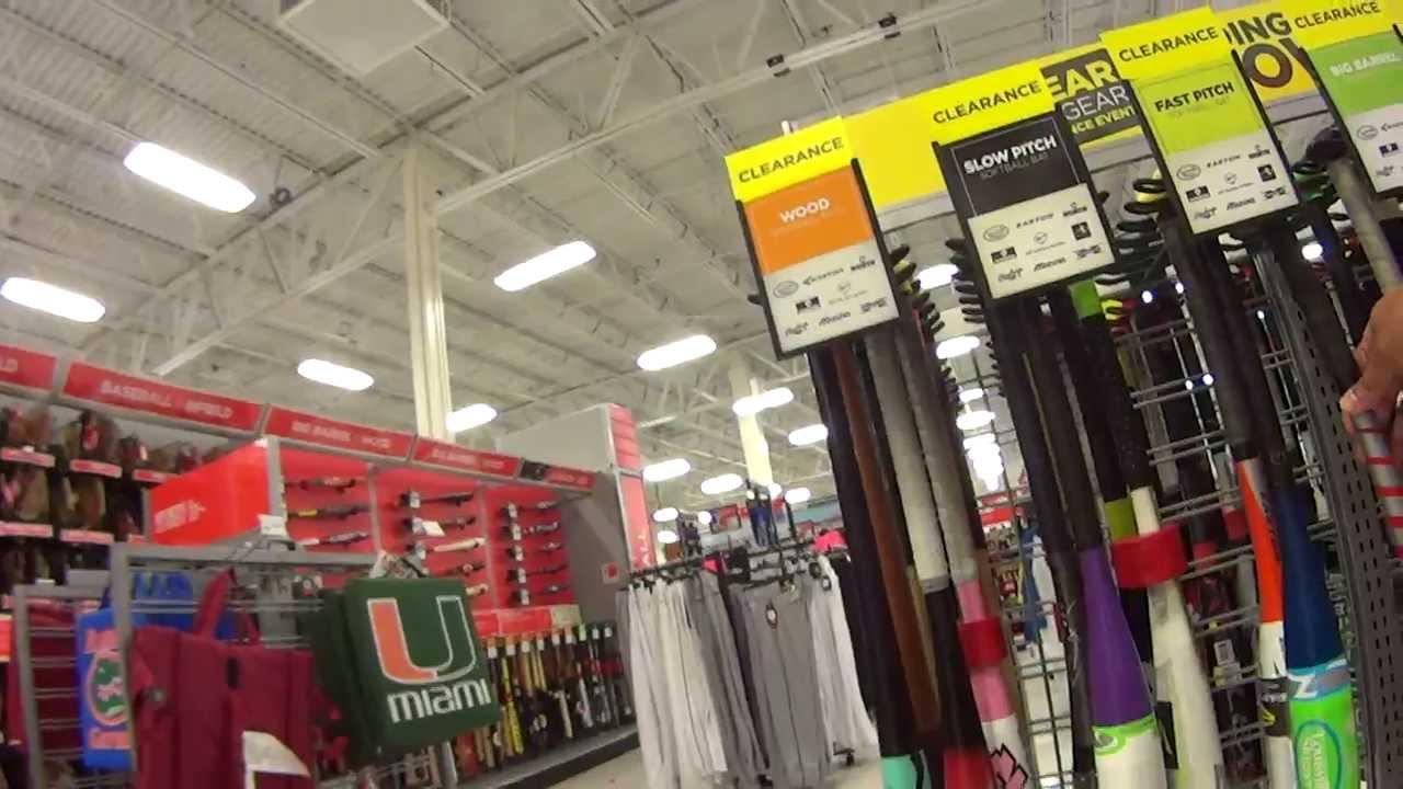eec6b65e0 Vida em Miami-EUA SPORT AUTHORITY loja de materiais esportivo em Florida  Estados Unidos da America - YouTube