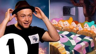 """""""I feel sassy!"""" Robin Hood's Taron Egerton on lethal arrows and... which Dwarf he'd be?!"""