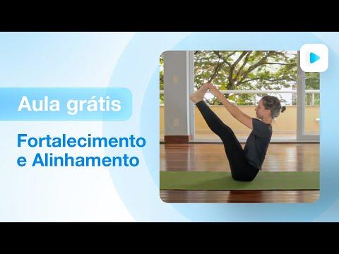 Aula de yoga para intermediário - fortalecimento e alinhamento - hatha yoga | Carolina Borghetti