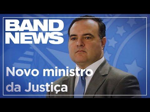 Bolsonaro deve indicar policial da reserva para o Ministério da Justiça