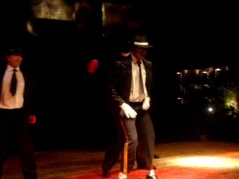 SOL SHARM  Salah in Michael Jackson MTV