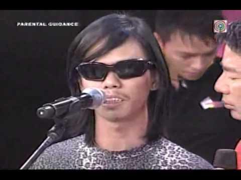 A Blind Man sung  Yun Ka    Willie Napaiyak!