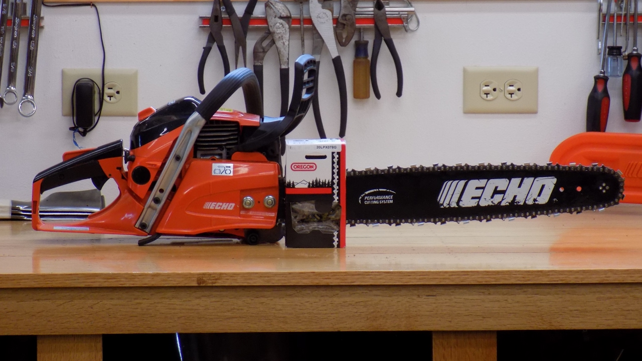 How i install new chainsaw chain youtube how i install new chainsaw chain keyboard keysfo Image collections