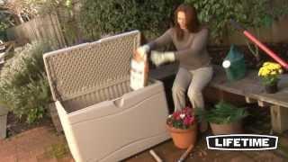 Садовый сундук (360 л) для хранения вещей на улице(Стильный и прочный герметичный сундук идеально подходит для хранения самых разных вещей на улице. http://www.garag..., 2014-03-20T14:17:27.000Z)