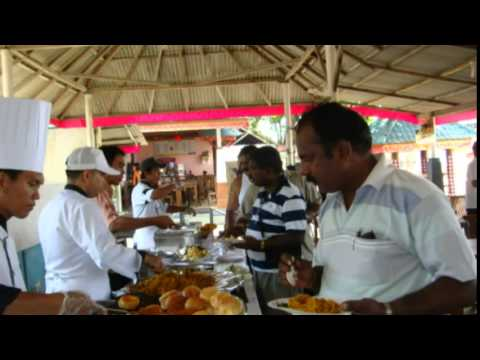 queens-authentic-indian-restaurant-in-bali-give-mumbai-choppati-menu-at-watersport-nusadua