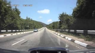 Yalta-Simferopol Ялта-Симферополь(Yalta-Simferopol (timelapse 10x) Ялта (Ласточнико гнездо)-Бахчисарай-Симферополь (ускорено в 10 раз), 2011-12-22T21:16:00.000Z)