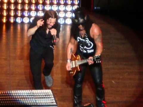 Slash new song, Nothing To Fear -- Motley Crue New album - TBDM Interview -- Jon Oliva solo Album