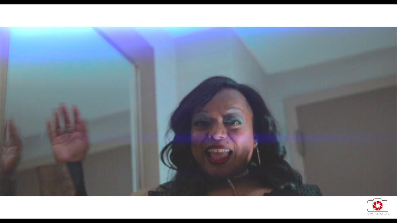 Simone Davis - Bring It (Official Video)