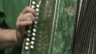 АЗЫ игры на гармошке - Карапет.MPG
