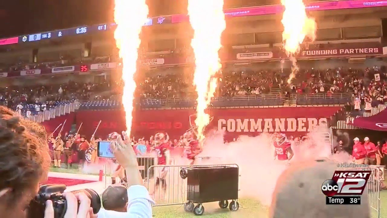 Thousands pack Alamodome for SA Commanders' inaugural game