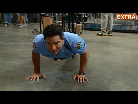 Mario Lopez Gets the 22 Push-Up Challenge From Scott Bakula