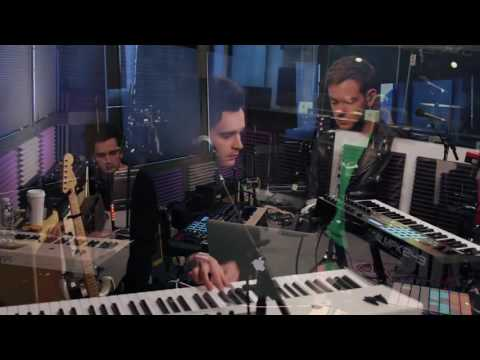 The 1975 - Somebody Else (Stripped Down)