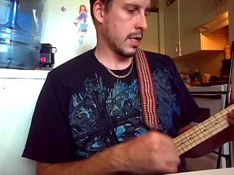 Improvised tune on my travel uke.