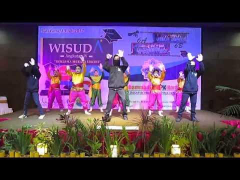 [WAJIB DITONTON] Pentas Drama MI Muhammadiyah PK Kartasura di Acara Wisuda Angkatan 4, Awesome !!!