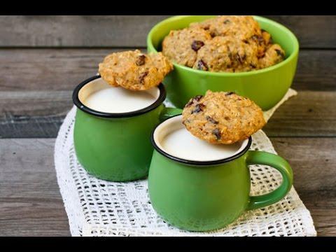 High-protein quinoa cranberry cookies *vegan