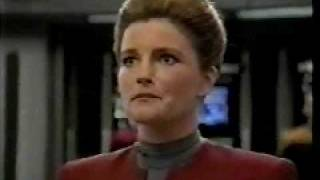 Trailer for STAR TREK: Voyager