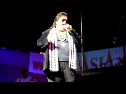Bappi Lahiri live in Dallas - Yaad ara ha he