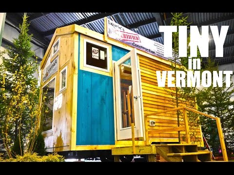 Tiny House with two-lofts, two showers, in Burlington, Vermont