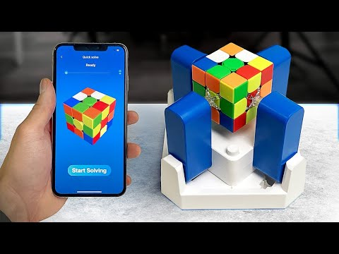 This robot solve a Rubik's cube in world record time