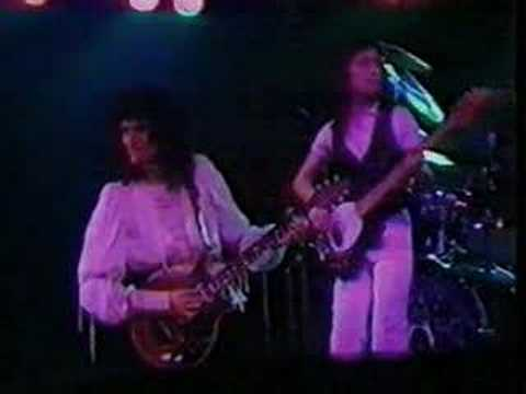 Doin' All Right (Queen Live @ Earl's Court '77)