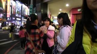 Daniel Visits Taiwan Night Market
