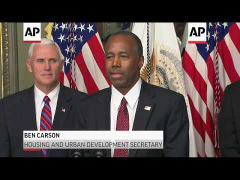 Carson, Perry Sworn In For Housing, Energy Posts