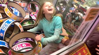 Kid Climbs In Arcade Claw Machine   Management Freaks Out (seaside Heights Nj, 2019)