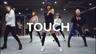 May J Lee teaches choreography to Touch by Little Mix. Learn from i...