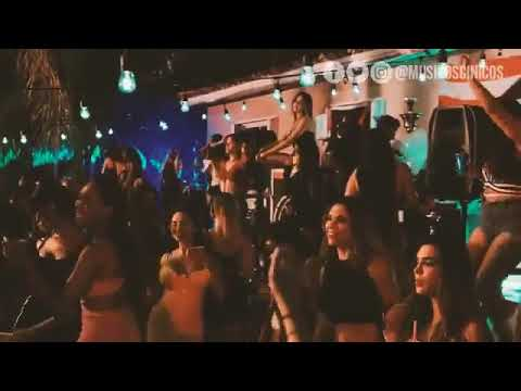 Bad Bunny Ft Drake - Mia (Versión Banda) (Remix By MusicosCinicos)
