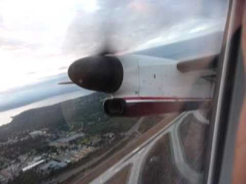 Dash 8 Q400 takeoff from Seattle