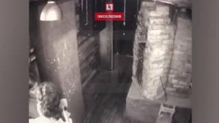Актёр петербургского квеста в реальности ударил посетительницу топором