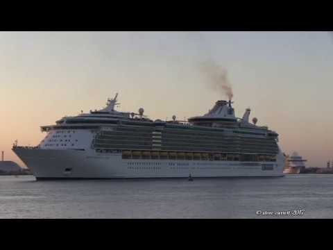 Five Cruise Ships in Southampton Docks departing on the 29/10/17