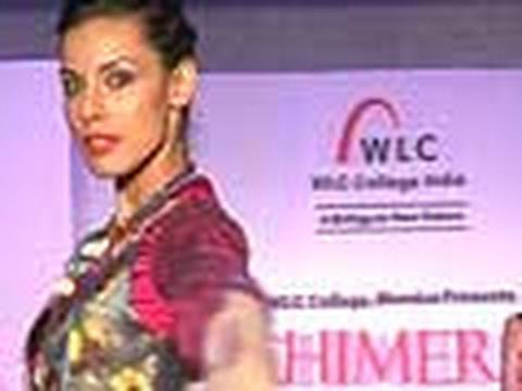 Aanchal and Deepti at Chimera 2010 fashion show