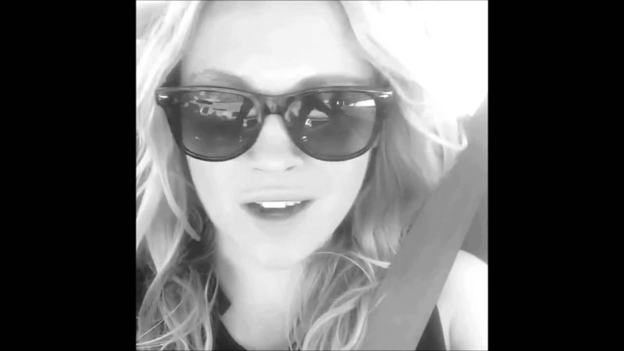 Alycia Debnam Carey Ass eliza taylor & alycia debnam-carey swearing (without fealty)